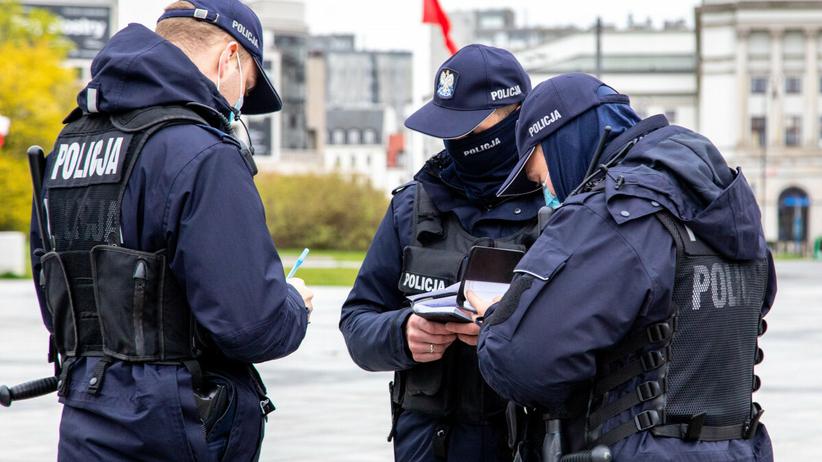 Policja, mandaty za brak maseczki od 15 maja