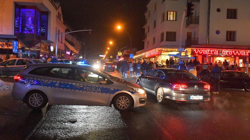 Policja podsumowała sylwestra. 15 tys. interwencji, 6 osób nie żyje