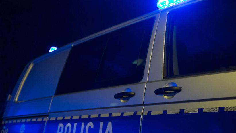 policjant zaatakowany nożem