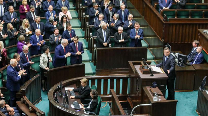 Andrzej Duda CBOS