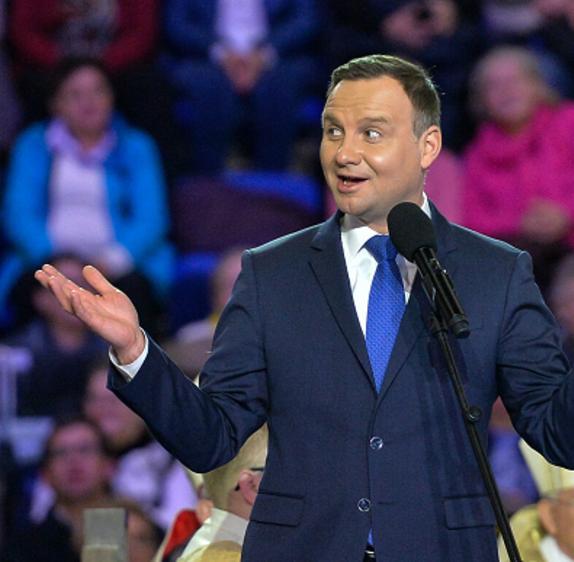"""Andrzej Duda napisał list na urodziny Radia Maryja. """"Historyczna skala dokonań"""""""