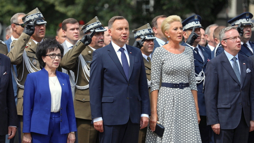 https://gfx.wiadomosci.radiozet.pl/var/radiozetwiadomosci/storage/images/polska/polityka/andrzej-duda-w-katowicach-nigdy-nie-podpisze-ustawy-o-obnizeniu-emerytur-wojskowych/4789272-1-pol-PL/Duda-w-Katowicach-nigdy-nie-podpisze-ustawy-o-obnizeniu-emerytur-wojskowych_article.jpg