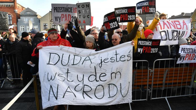 Andrzej Duda wygwizdany w Pucku na Kaszubach