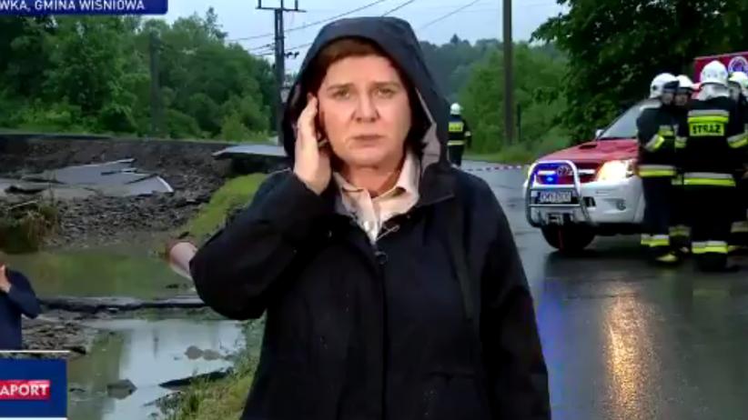 """Szydło została """"reporterką"""" TVP. """"Sytuacja jest opanowana"""""""