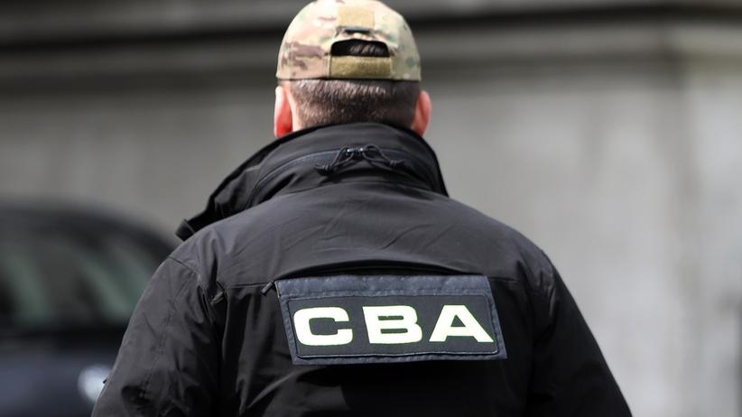 CBA zatrzymało byłego senatora. Miał brać udział w grupie wyłudzającej pieniądze