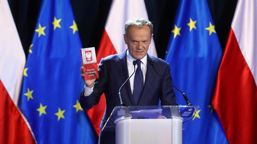 Przemówienie Tuska na UW. Były premier przeciął spekulacje o swoim udziale w wyborach