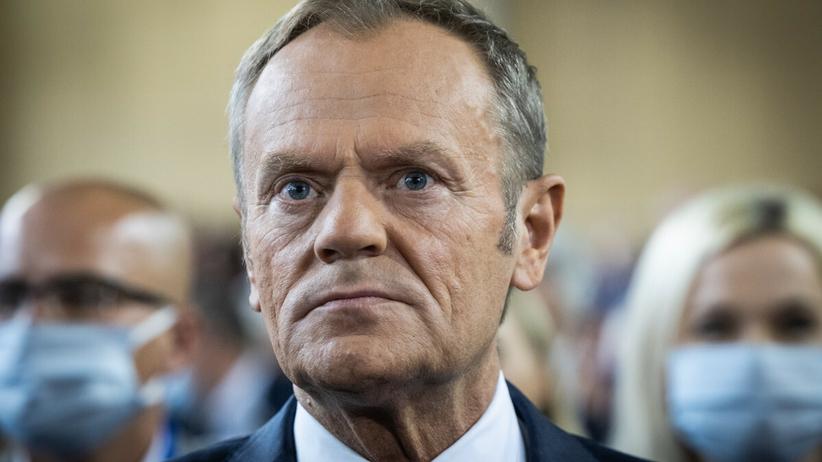 Donald Tusk o przedłużeniu stanu wyjątkowego