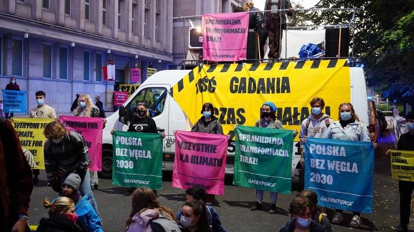 Greenpeace protestuje przed MAP