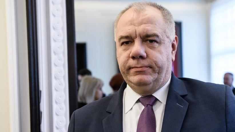 Jacek Sasin zapowiada: Nie będzie mnożenia programów społecznych