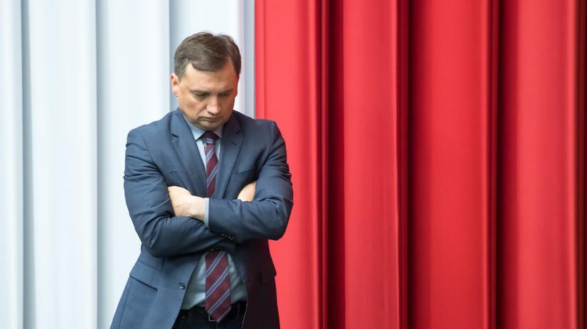 Jakub Iwaniec odchodzi. Lecą głowy w resorcie Ziobry