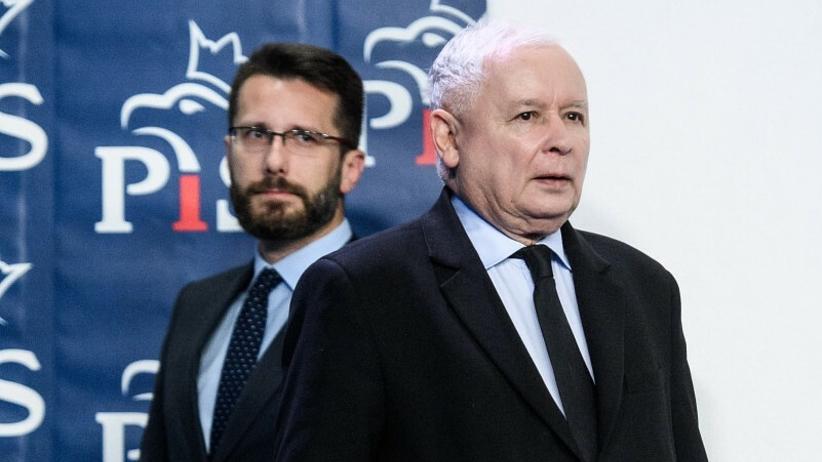Jarosław Kaczyński kontra Donald Tusk. Radosław Fogiel wyklucza