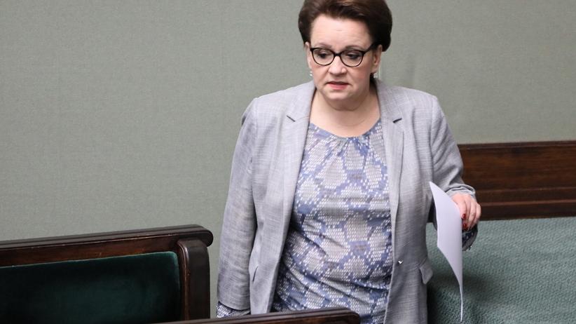 Jest wniosek o odwołanie minister edukacji Anny Zalewskiej