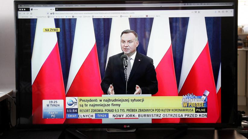 Andrzej Duda poprosi o pomoc Chiny. Chodzi o więcej środków ochrony osobistej