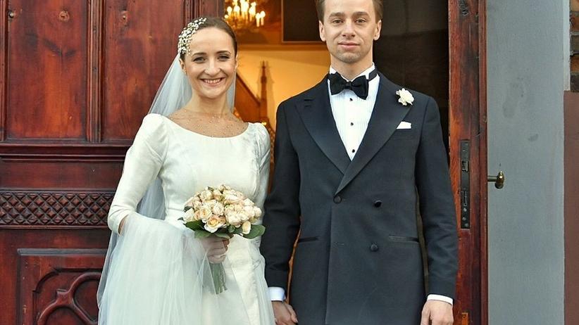 """""""Wielki dzień"""" Bosaka. Polityk wziął ślub i pochwalił się zdjęciami"""
