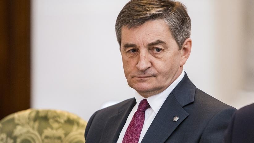 Marek Kuchciński - afera z przelotami z rodziną rządowym samolotem. Marszałek zwróci koszty
