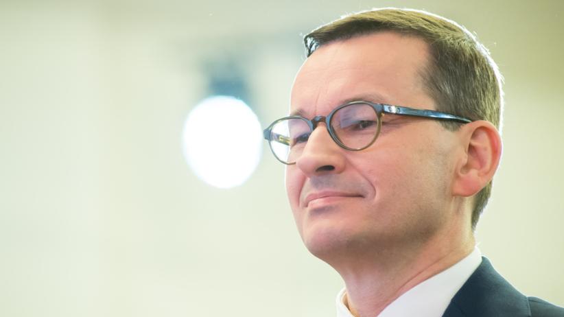 Polacy będą zarabiać więcej. PiS podnosi płacę minimalną