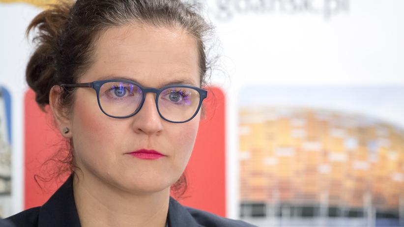 Grożą i znieważają prezydent Gdańska. Służby prowadzą już osiem postępowań