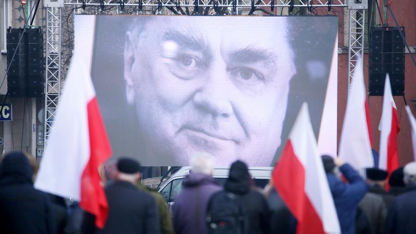Będzie pomnik Jana Olszewskiego? Żona b. premiera: rozmawiałam z Macierewiczem i on to załatwia