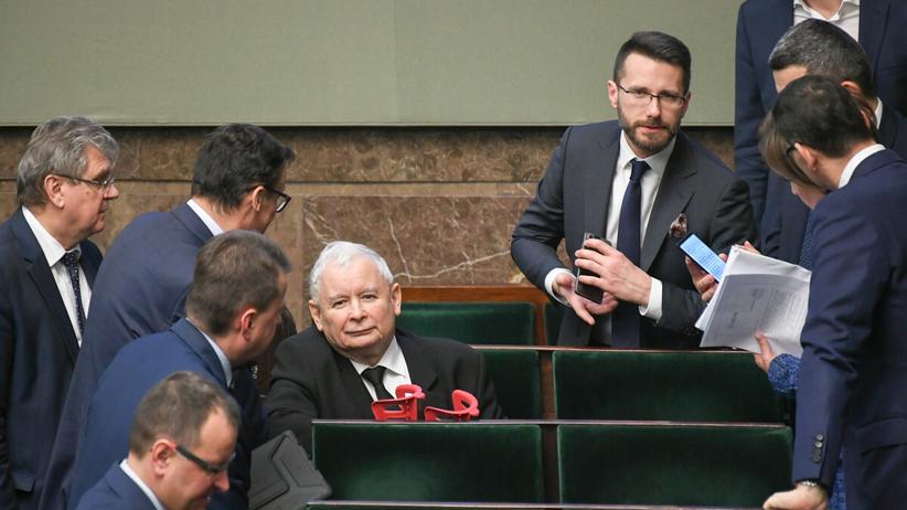 Fogiel, Kaczyński