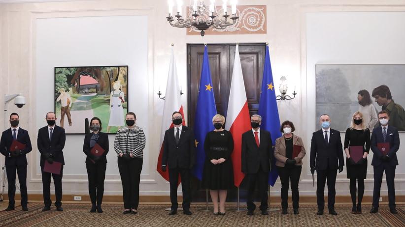 Andrzej Duda powołał sędziów pokoju