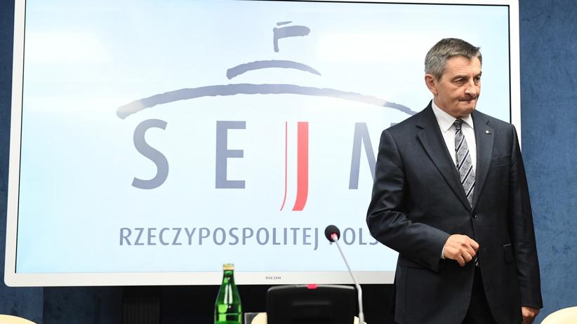 Marek Kuchciński i słynne loty. Prokuratura wszczęła śledztwo