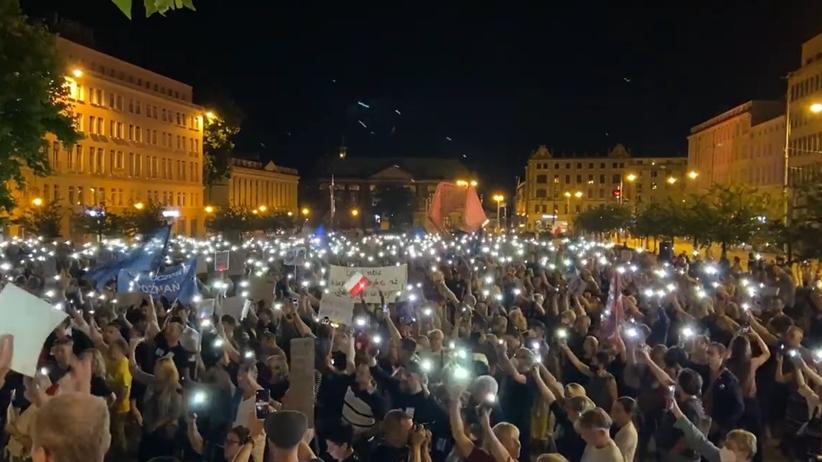 Protesty po uchwaleniu lex TVN
