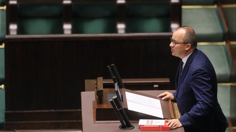RPO Adam Bodnar na pustej sali w Sejmie przedstawił raport. Poseł PiS skrytykował
