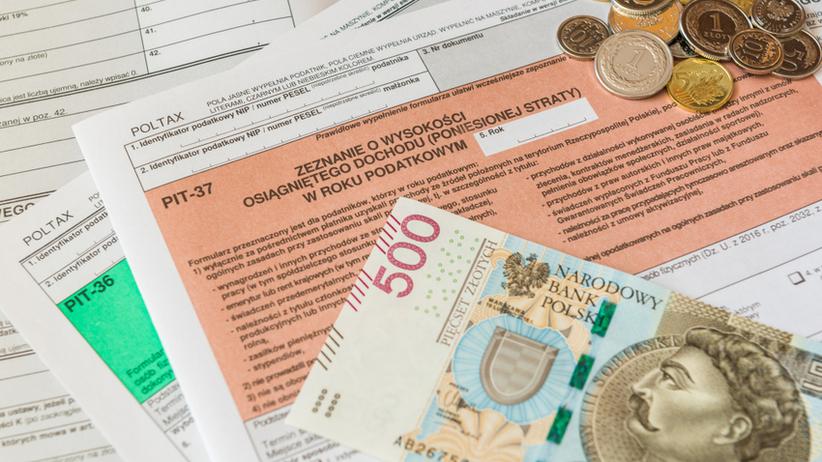 Rząd przyjął projekt ustawy z 17 proc. podatkiem PIT