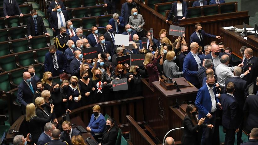 Spór o aborcję w Sejmie