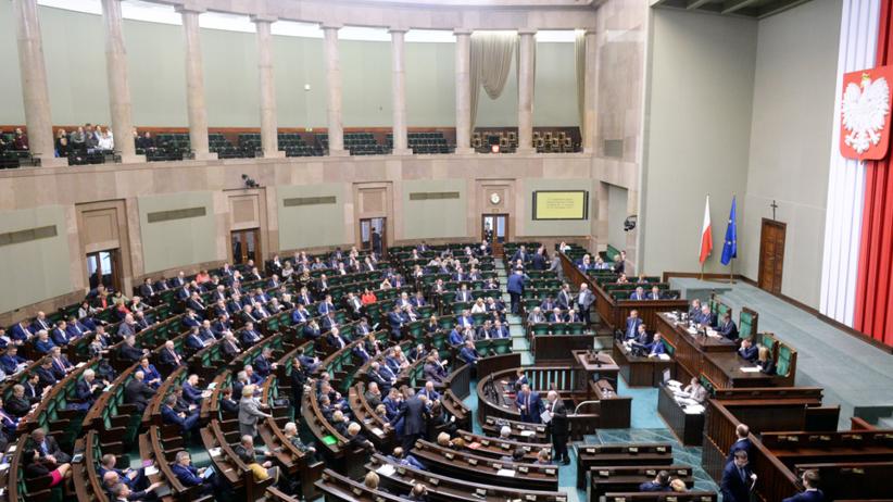 Kwietniowa sonda RadioZET.pl: Na którą partię zagłosowałbyś w wyborach?