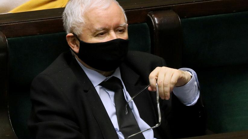 Sondaż Estymatora, PiS wygrywa, sześć partii w Sejmie