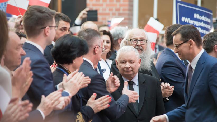 IBSP dla RadioZET.pl i StanPolityki.pl: Kaczyński na prowadzeniu w rankingu... braku poparcia. Polacy murem za Tuskiem