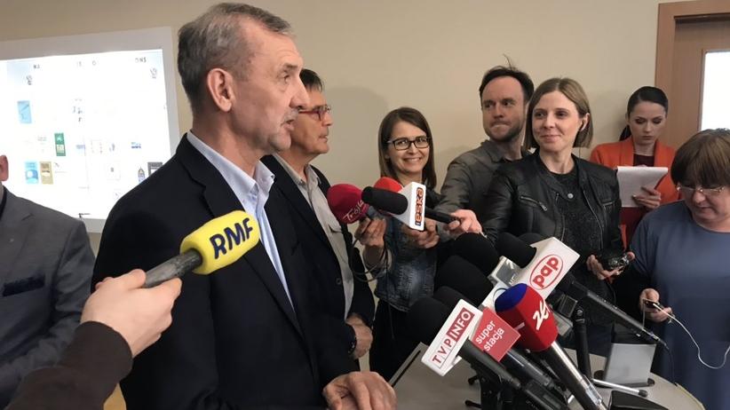Szef ZNP: egzaminy nie zaburzają strajku. Nerwowa atmosfera to wina Zalewskiej