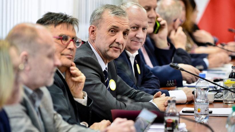 ZNP nie ufa rządowi: Nie zawiesimy strajku w zamian za obietnice