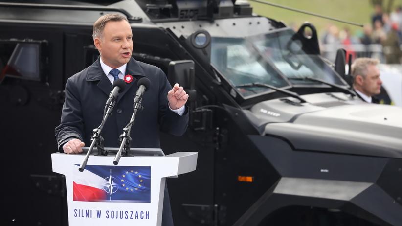 Duda: powinniśmy zagwarantować obecność w NATO i UE w konstytucji