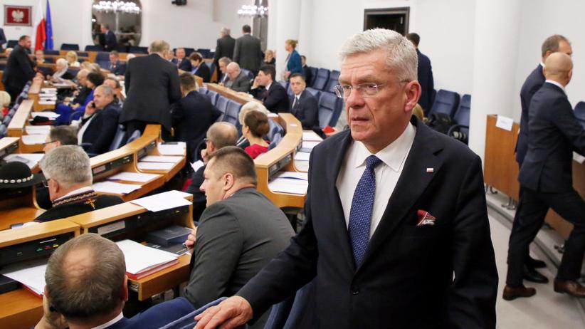 Tomasz Grodzki wygrywa ze Stanisławem Karczewskim