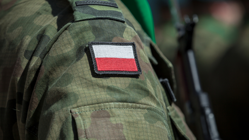 """PiS obniżył emerytury oficerom legendarnej operacji """"Samum"""""""
