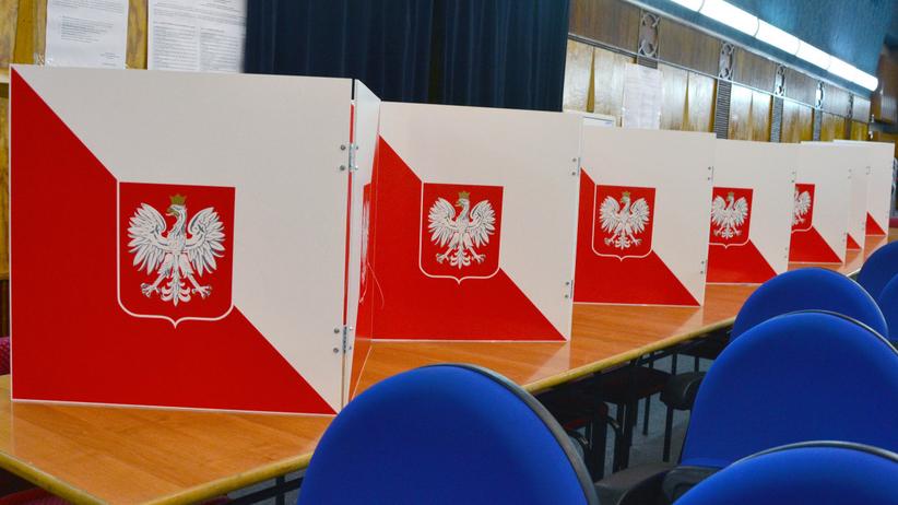 Głosowanie w wyborach parlamentarnych. Członkowie 2 komisji byli pijani