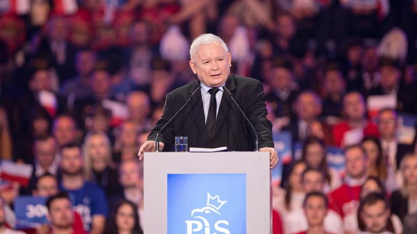 Kaczyński obiecuje 4 tys. minimalnej pensji i podwójną 13-tkę dla emerytów