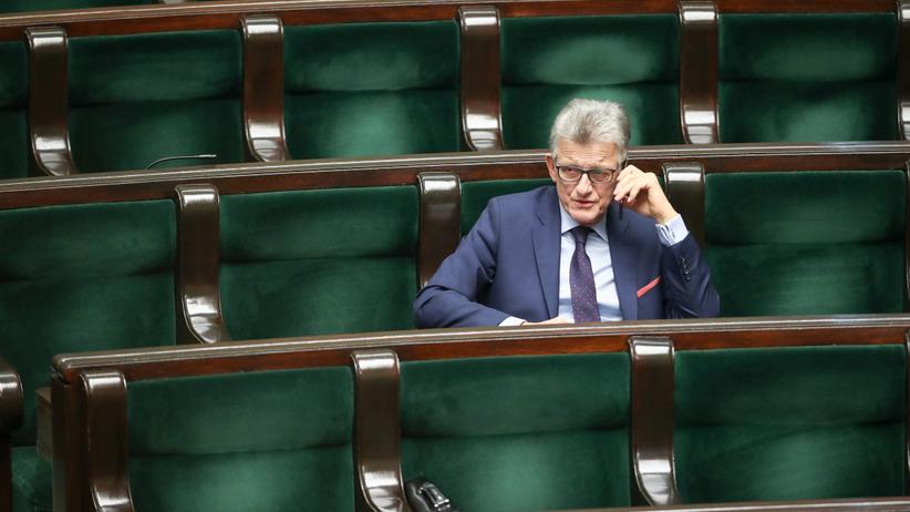 Ci posłowie odchodzą z Sejmu. Ale w ramach pocieszenia dostaną odprawy