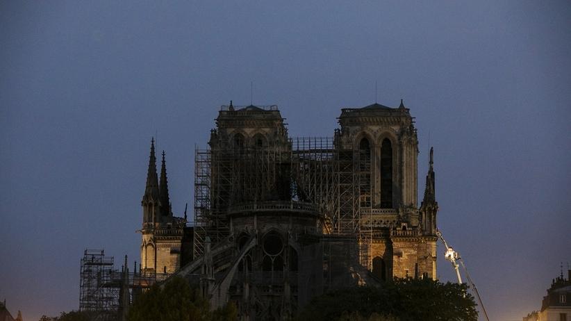"""Polska oferuje pomoc w odbudowie Notre Dame. """"Jest naszym chrześcijańskim dziedzictwem"""""""