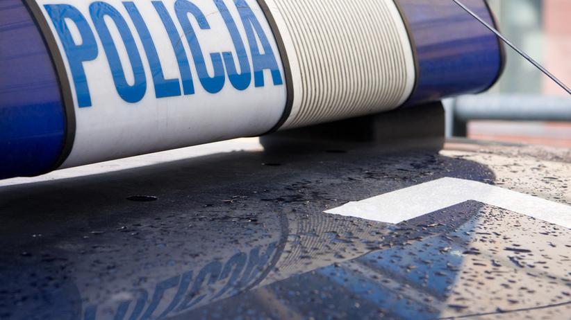 Poznań. Auto wjechało w pieszych. Dwie osoby ciężko ranne