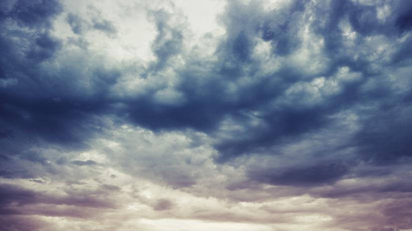 Będą chmury, trochę deszczu i… deszcz ze śniegiem! Pogoda w czwartek