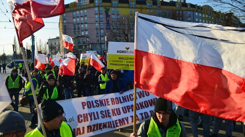 Rolnicy oburzeni słowami Ardanowskiego: To cham i prostak. Nigdy nie powinien być ministrem