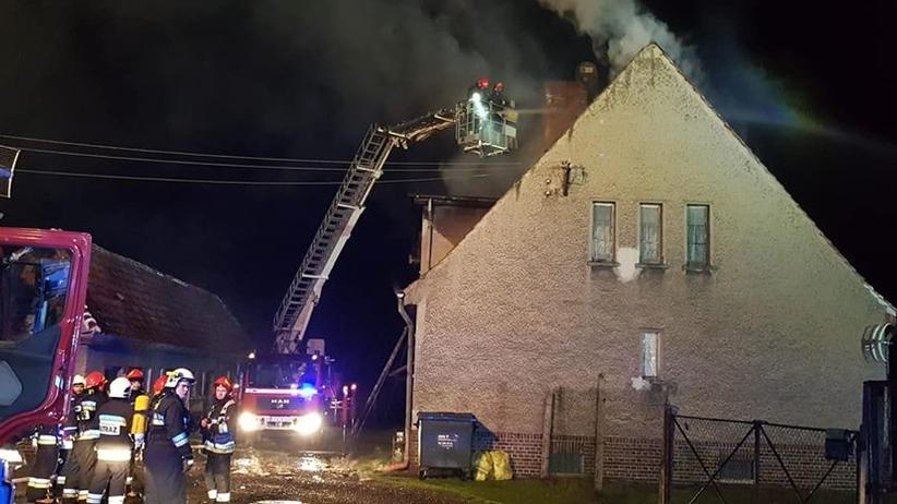 Pożar kamienicy na Śląsku. 12 osób, w tym 9 dzieci w szpitalu