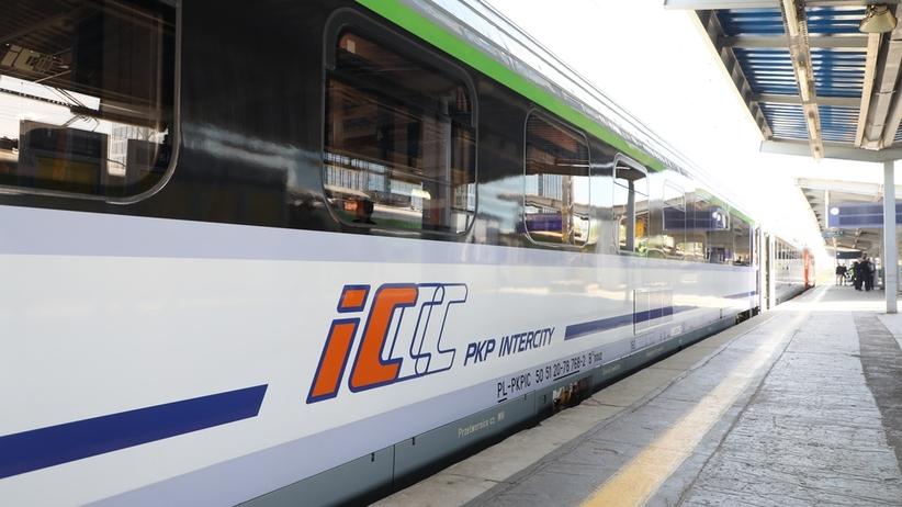 RCB: Z powodu upałów opóźnione są 84 pociągi pasażerskie