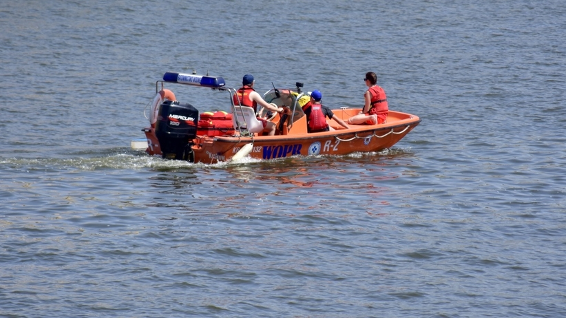 Akcja ratownicza w Rewalu. Zgłoszenie o trzech topiących się osobach