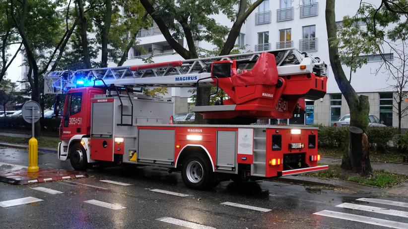 Ewakuacja podstawówki. Uszkodzony gazociąg, na miejscu policja i straż pożarna