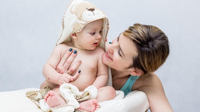 Dwie mamy w akcie urodzenia jednego dziecka. Sąd uznał transkrypcję aktu urodzenia z Anglii