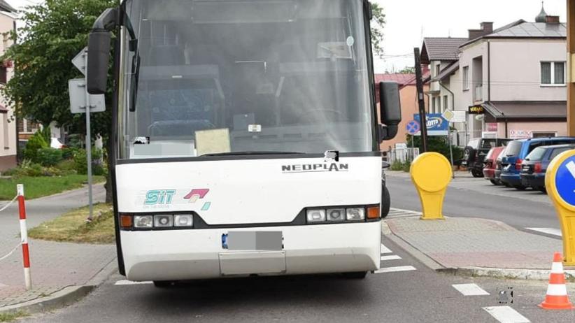 Autobus nie ustąpił pierwszeństwa. Zginęła kobieta